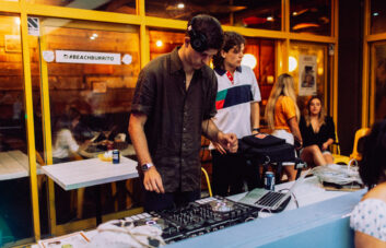 Coogee Beach Burrito DJ